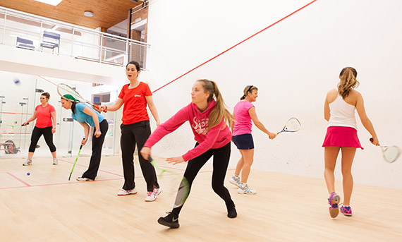 how to become a squash coach